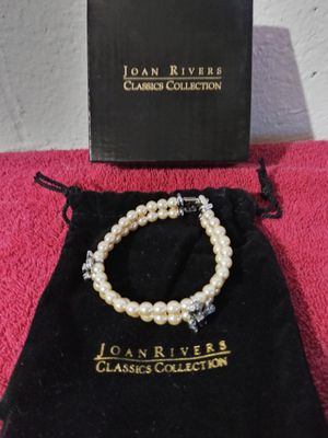 Brand new Joan Rivers pearl bracelet for Sale in Columbus, OH