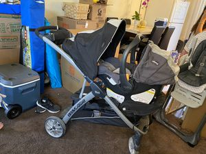 Chicco bravo for 2 stroller with chicco key fit car seat and base for Sale in Long Beach, CA