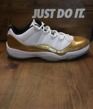 Air Jordan Retro 11 Low for Sale in San Pablo, CA