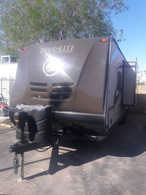 2014 Evergreen RV Ever-Lite 24RB on sale!!! for Sale in Mesa, AZ