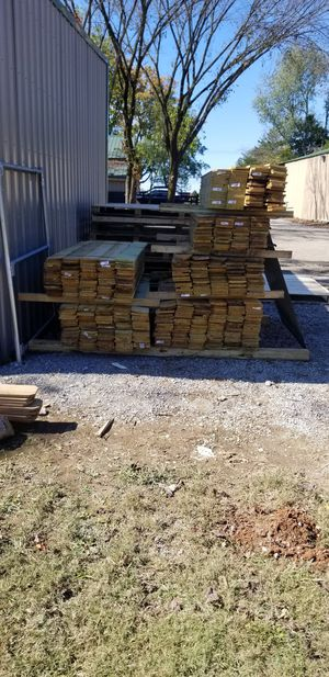 Only 400 left! Fence Pickets 6 Ft Tall Dogear Slightly IRREGULAR $0.75 EACH FIRM for Sale in Murfreesboro, TN