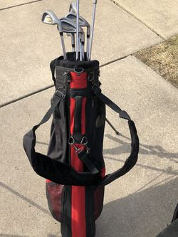 Lady JR Golf Set With Bag for Sale in Washington,  IL