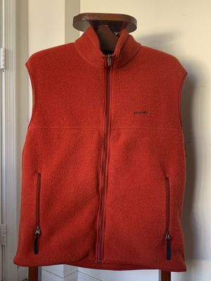 Patagonia Synchilla Orange Vest XL for Sale in Alexandria, VA
