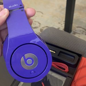 Beats Solo Pro for Sale in Los Angeles, CA