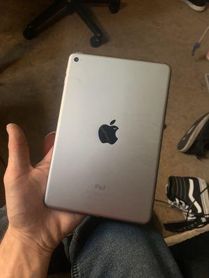 iPad mini 4 for Sale in New Baltimore, MI
