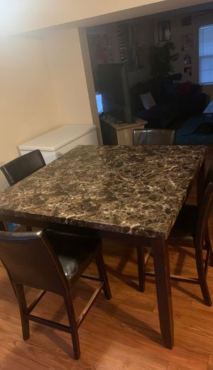 Used marble kitchen table for Sale in Columbus, OH
