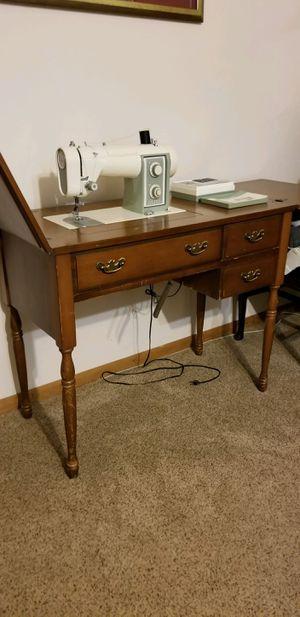 Kenmore Sewing machine for Sale in Norfolk, VA