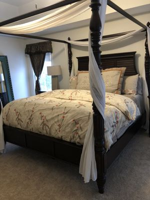 6-Piece King Bedroom Set for Sale in Plainfield, IL