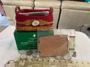 Longaberger 2002 Treats Basket in Red with All Accessories for Sale in Indianola, IA
