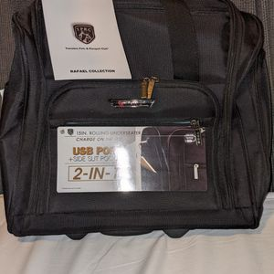 Rolling Bag/Luggage In Black for Sale in San Diego, CA
