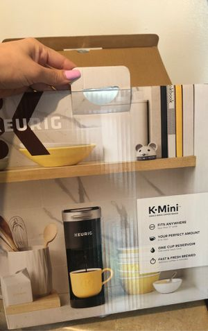 Keurig coffee maker for Sale in Carson, CA