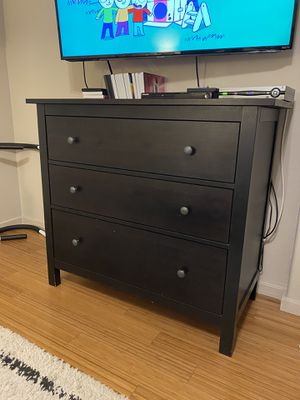 Ikea hemnes 3 drawer dresser for Sale in Chula Vista, CA