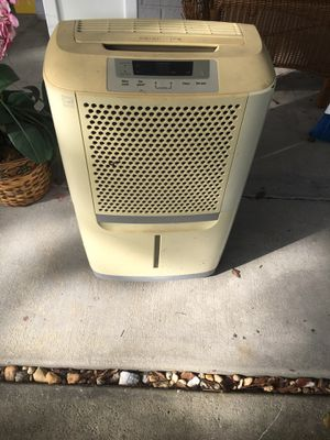 Portable Air dehumidifier for Sale in Belle Isle, FL