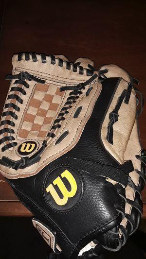 Wilson a2452 softball glove for Sale in Tacoma, WA