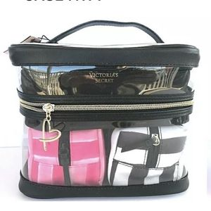 VICTORIAS SECRET 4 in 1 SET CLEAR COSMETIC MAKEUP BAG VANITY TRAIN CASE NWT for Sale in North Port, FL