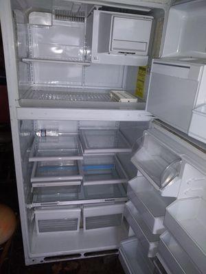 Refrigerar iused ant good condition for Sale in Brockton, MA
