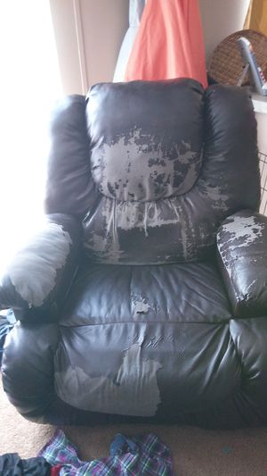 Massage chair for Sale in Ailey, GA