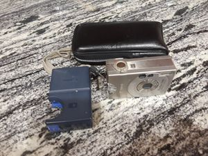 Canon PowerShot S100 2.1 MP digital camera for Sale in Carol Stream, IL