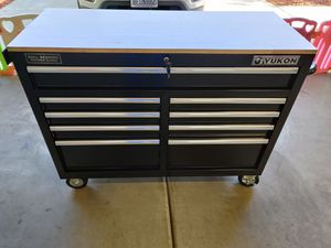 46in 9 drawer workbench tool chest tool box with power strip for Sale in Fowler, CA