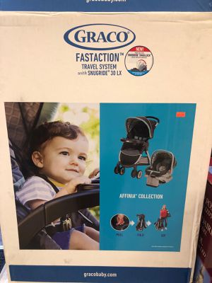 Car seat stroller combo graco for Sale in Chino Hills, CA