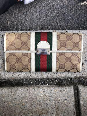 Women's Gucci Wallet for Sale in Hackensack, NJ