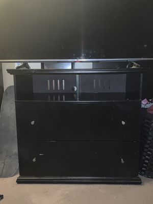 Tv dresser... used for Sale in Palmdale, CA