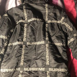 Supreme Logo Tape Parka for Sale in Channelview, TX