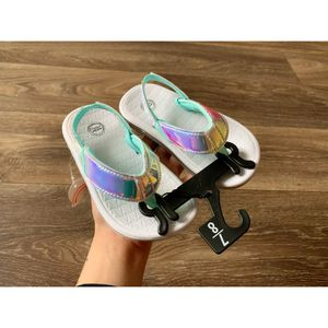 Holographic flip flops NEW for Sale in Clarksville, TN