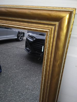 Antique gold framed mirror for Sale in Everett, WA