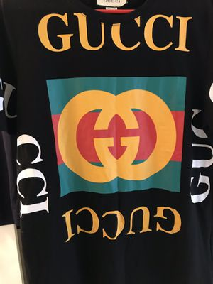 Gucci large shirt for Sale in Lithonia, GA