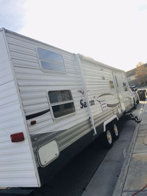 2009 travel trailer 30ft by Salem for Sale in Temecula, CA