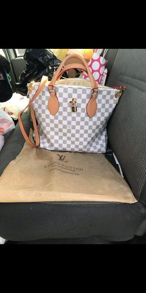Women's handbag for Sale in Silver Spring, MD