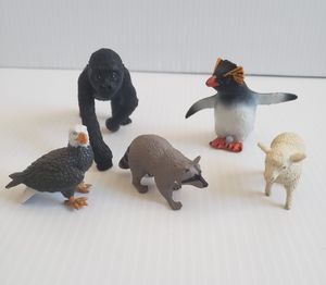 Lot Of 5 Safari Ltd. Minis Animal Toys Raccoon Ram Bald Eagles Gorilla Penguin. for Sale in Adelphi, MD