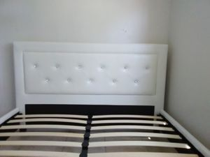 Queen size bed frame and free delivery New in the box. for Sale in Hialeah, FL