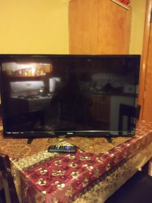 ROKU PHILIPS. 32 for Sale in Chicago, IL