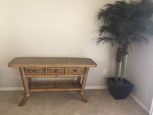 Bamboo Rattan sofa table for Sale in Fort Myers, FL