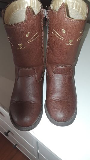 Carter's girl boots size 10 for Sale in Los Angeles, CA