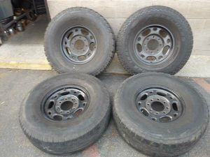 Powdercoated Chevy 2500 HD 16 inch 8 lug rims for Sale in Montebello, CA