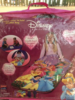 1 Disney Princess twist and fold slumber bag for Sale in Hesperia, CA