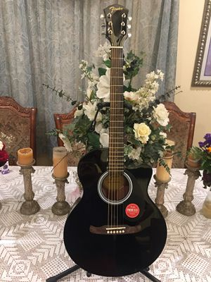 Fender FA135CE electric acoustic guitar with built in tuner for Sale in Bell, CA