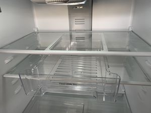 Whirlpool refrigerator 21 cubic ft for Sale in West Valley City, UT