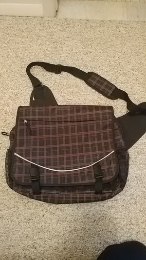 Plaid red/black messenger bag (eastsport) for Sale in Hilliard, OH