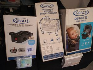 Infant car seat, Car seat base, and pack n play for Sale in Washington, DC