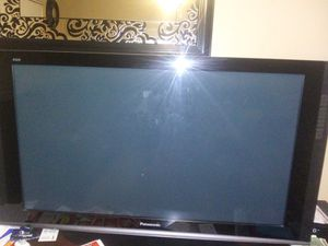 32 panasonic tv including the furniture for Sale in Fairview, TX