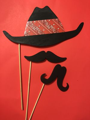 3 new cowboy wooden photo booth props for Sale in Claremont, CA