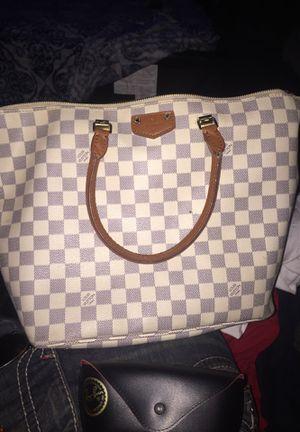 White Louis Vuitton bag for Sale in San Jose, CA