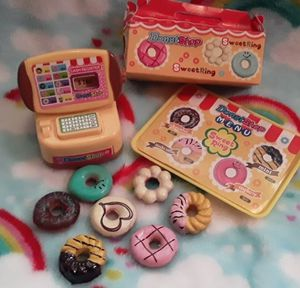 Miniature donut shop toy/$3 for Sale in Las Vegas, NV