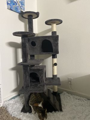 Cat Tree Tower for Sale in Garden Grove, CA