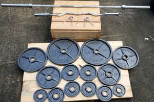 Olympic weight set 300lbs/ vintage fitness gear/Ez curl bar olympic for Sale in GA, US