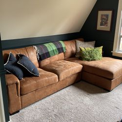 """Brown Microfiber Sectional - 112"""" Length 64"""" Sectional 34"""" Depth for Sale in Seattle,  WA"""